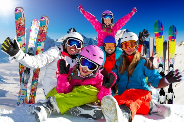 Free transport of one piece of ski/snowboard equipment with Bulgaria Air