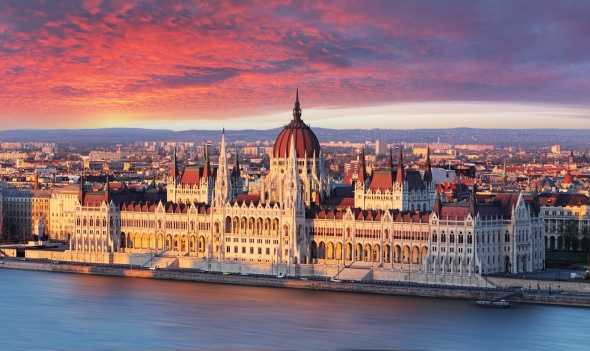 One more new destination from Bulgaria Air – Budapest, from June 20, 2016 at final round-trip price from 155 euro!