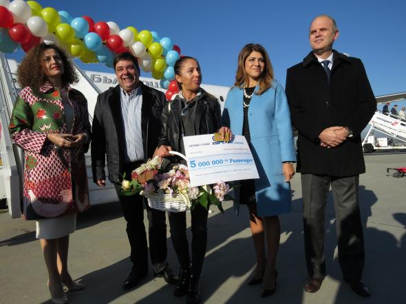 Bulgaria Air's passenger became the Five-millionth traveler of Sofia Airport