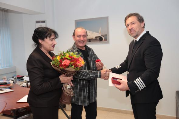 "Bulgaria Air received the prestigious ""Golden Elephant"" award for many years of support to the development of puppetry"